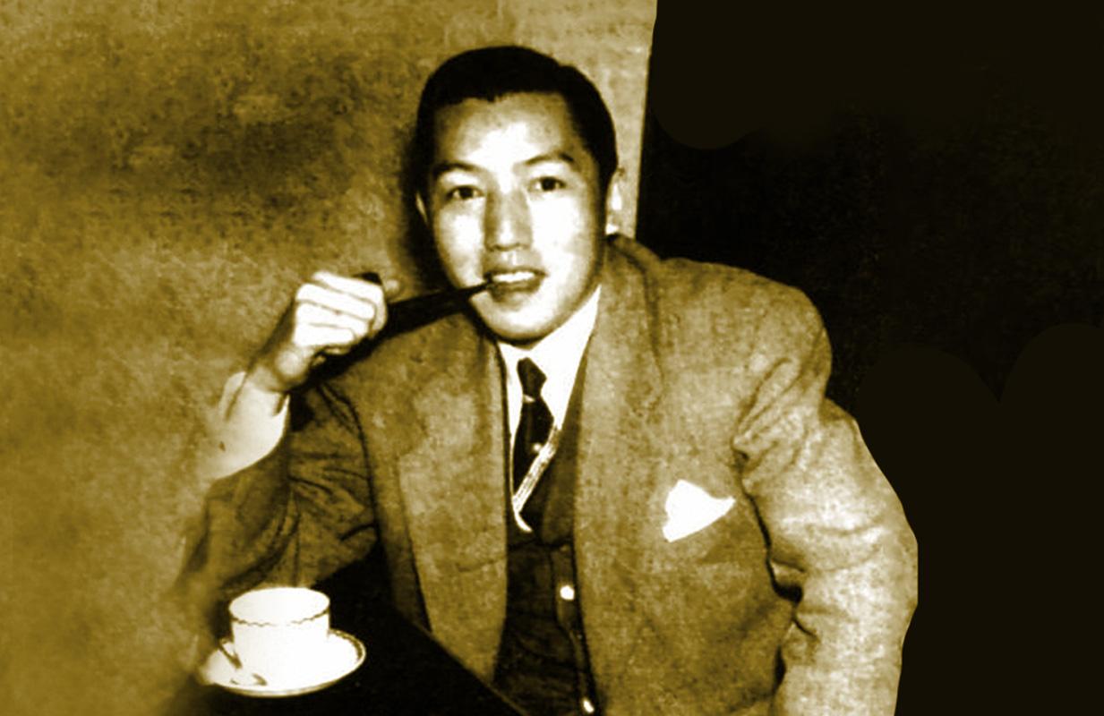 1939年,唐涤生写出首部电影作品《晨钟爱情》,由吴楚帆破碎的电影大地图片